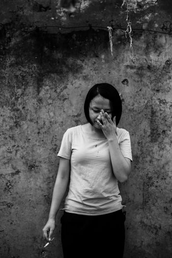 Sadness Crying Eye Crying Girl Smoker Lose Disconsolate Black And White Photos Reactionary A Woman With A Story