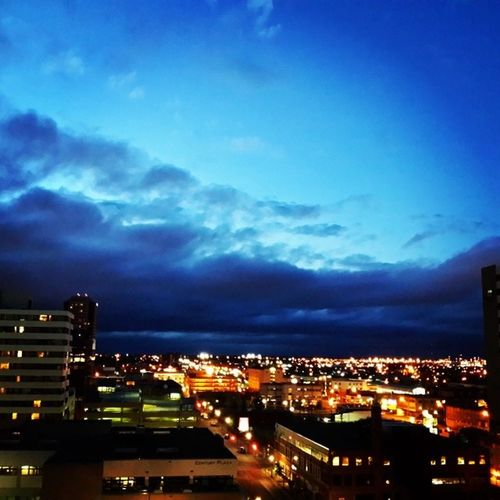 It's turning out to be a gorgeous evening in Yqr SK  Skstorm Nature sky beautiful twilight weather clouds cloudporn skylovers skypainters mothernature ladd00 canada explorecanada travelcanada prairielife prairies prairieskies landoflivingskies Saskatchewan sask exploresask downtown reginask