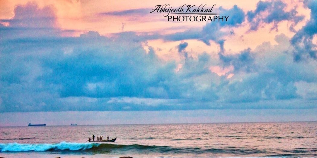 Pc:- Abhijeethkakkad (The boat moving on a big waves)