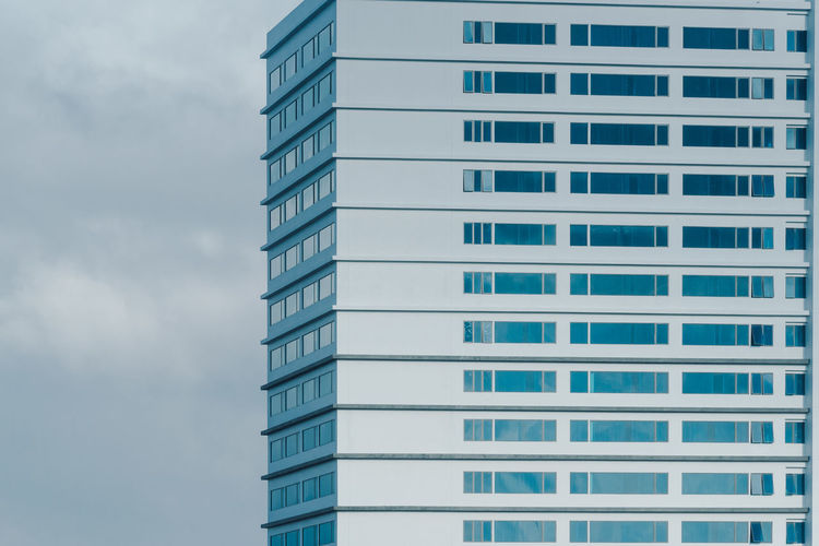 Side of Tall building with many windows. Minimalist Minimalist Architecture Office Architecture Building Building Exterior Building Windows Buildings & Sky Built Structure City Glass - Material Low Angle View Minimal Modern Office Office Building Exterior Pattern Skyscraper Tall Buildings Urban Urban Building Window