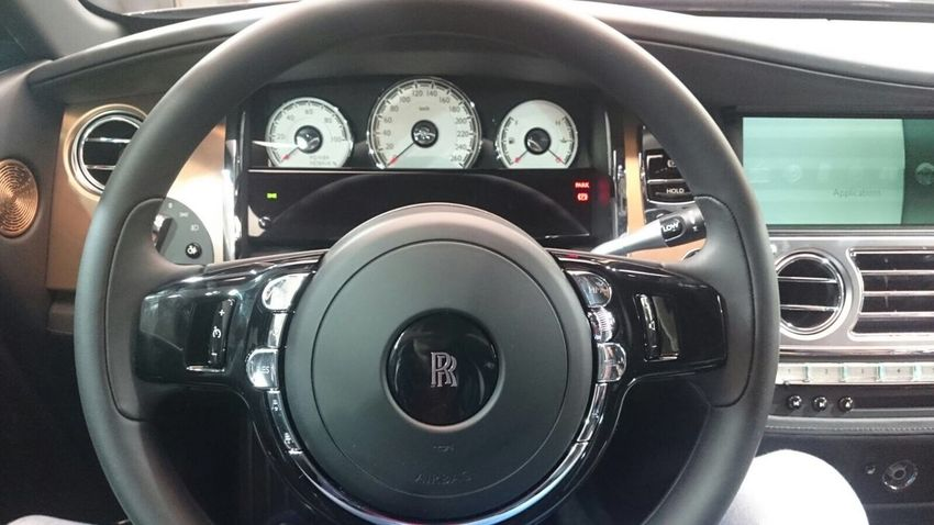 Car Dashboard Vehicle Interior Car Interior Steering Wheel Transportation Mode Of Transport Land Vehicle Speedometer No People Day Modern Close-up Outdoors Rolls Royce Wraith