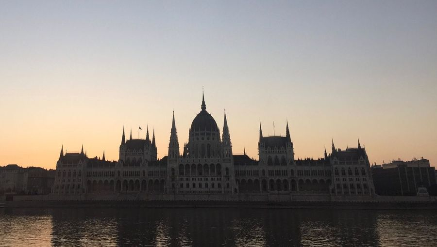 Parlament Parliament Of Hungary Hungary Proud To Be Hungarian PalaPhoto Budapest Hungary I <3 You Sunrise Morningafter Morning Light
