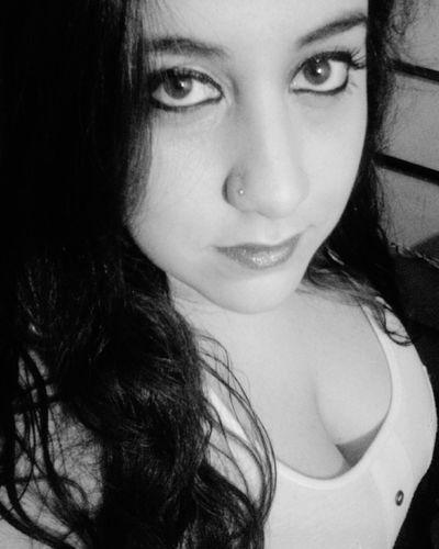 Cosas de la vida, Primavera con sentimientos marchitos!~ Blackandwhite Primavera Sentimientos Vida Soledad Esperando Pensamientos Recuerdos Cosas De La Vida Cordobacapital