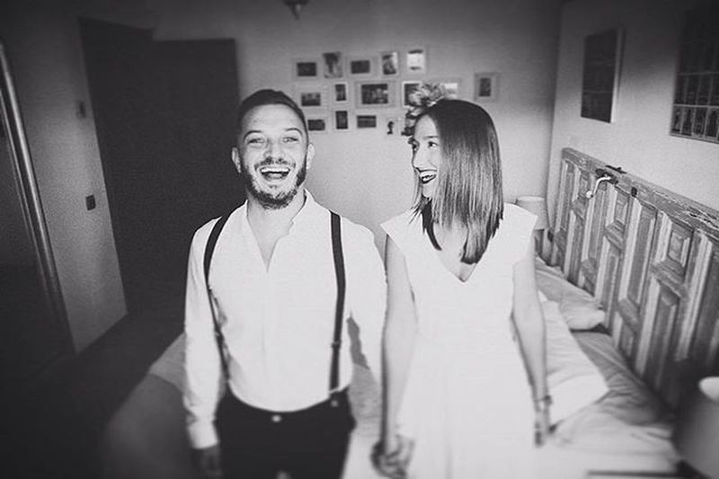 Una sonrisa te puede cambiar la vida @glezbandera Boda Postboda Blancoynegro Fotografiaenblancoynegro 3hvisual Novios Reciencasados Malaga Bodasnet Bodamas Zankyoubodas Lookslikefilm Yourockphotographers @bodasnet @bodamas @zankyou_bodas @yourockphotographers @lookslikefilm