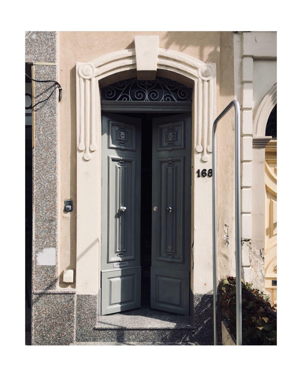 EXTERIOR OF CLOSED DOORS