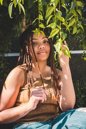 Plants Portrait Of A Woman Denim Flower Portrait Girl Sitting Girl Smiling Girl Swagg ♥ Portrait Pretty Girl Smile