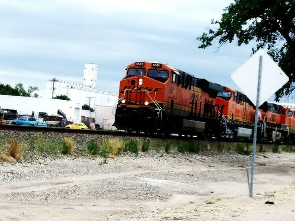 Train - Vehicle Transportation Mode Of Transport Industry Sky Day Outdoors No People Locomotive BNSF Railway Sommergefühle