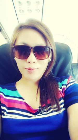 off to singapore! Traveling Selfie