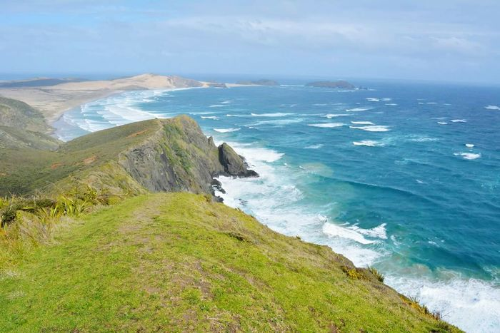 Cape Reinga: Where the Spirits Head Home. Northernmost tip of New Zealand. Edge Of The World Newzealand