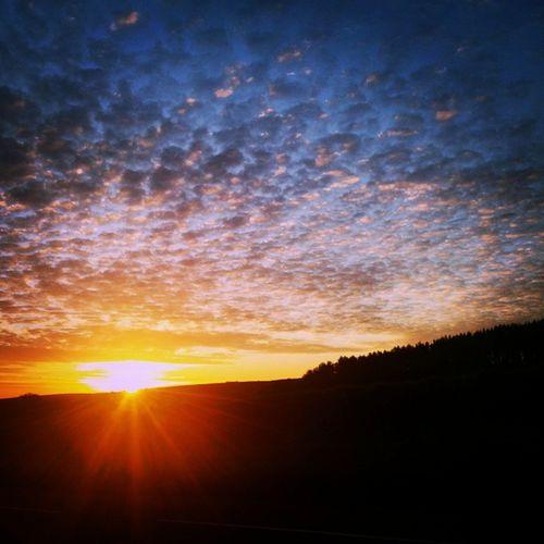 """Morning!"" Sunrise Ilfracombe Devon Devonlife England Clouds Cloudporn Sunriseoftheday Skyscene Sky Shotoftheday Spring Dawnshot Dawn Morning BreakOfDawn Morningtime Lensflare"