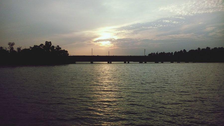 The Evening Sky♡ perumon bridge