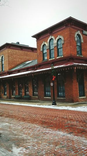 Kent Ohio Building Exterior Architecture Outdoors No People Day Cold Morning Wintertime Irwin Collection Eyem Market EyeEm Best Shots Underground Railroad Railway Station Brick Road Brick Building Historical Building Christmastime
