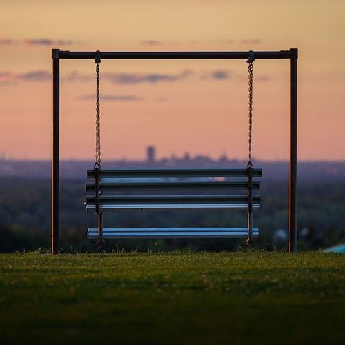 """Bench with a View"" tag who you would watch a sunset with! Sunset Summer POTD Photooftheday Landscape Sky Friends Loveviewbug Lovers Peace Buffalo Buffalony Buffalove Onebuffalo Bench Emptybench"