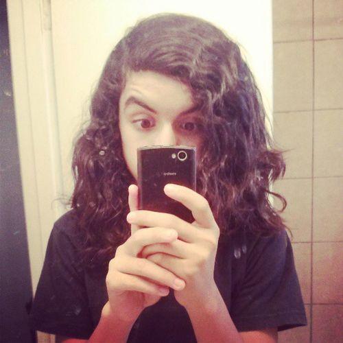 my hair isn't fluffy today . ;} Puroeswaqq