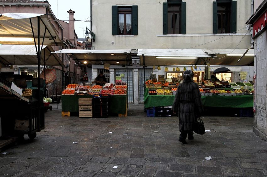Rialto Market Italy Fruit And Vegetable Freshness Market Stall Fruit And Vegetable Market Food And Drink Venice Market
