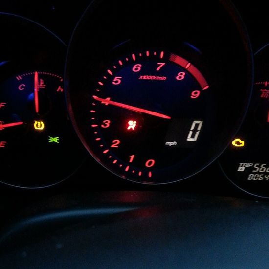 Any other rx8 owners have this problem? Or know how to fix it? I'm not too fond of lights on my dash! Lol @rx8official @tnrx8club @rotarycarlife @re78net @rotary_freaks @rotary_only RotaryProbs Rotaryislife Rx8 AirbagProbs Lol