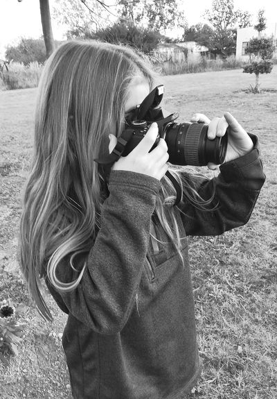 Photography Themes Photographing Camera - Photographic Equipment Photographer Digital Camera One Person Young Girl Taking Pictures Blackandwhite Outdoors Young Girl Photography ♥ Pictures By Me Lifestyles Taken With The Huawei P9 Hobbies