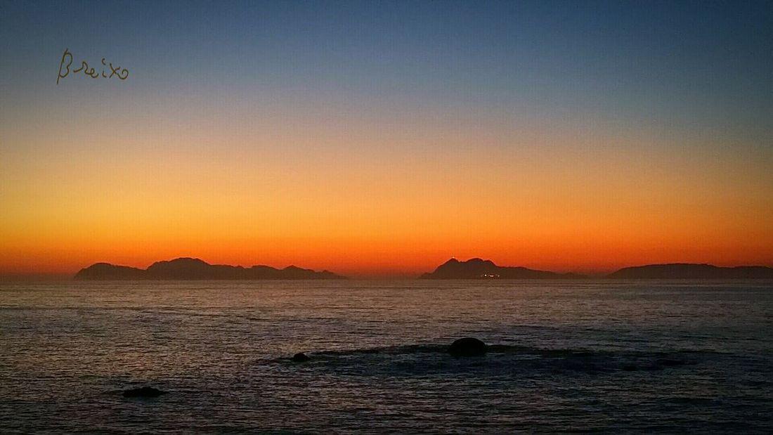 Darkness And Light Cies Islands. National Park. Sea Sun Sunset Sunset Silhouettes Enjoying The Sun Landscape Nature EyeEm Nature Lover EyeEmgalicia