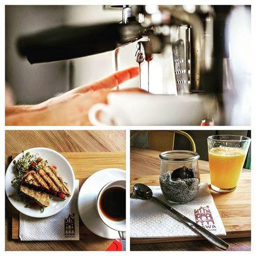 Jak śniadanie, to w Kawie Rzeszowskiej! U nas zjecie smacznie tanio i zdrowo. Zresztą przyjdźcie i sami się przekonajcie co dla Was mamy przygotowane. Do zobaczenia. Sniadaniedajemoc Smaczneizdrowe Rzeszów Kawasamasięniezrobi Rzeszów Coffee Coffeetime Barista Aeropress Mobilnakawiarnia Kawa Instalove Instacoffee Igersrzeszow Kawarzeszowska Coffeetogo Coffeelove Love Bestoftheday Instamood Kawarzeszowska Kawiarnia Chemex Kawaswiezopalona śniadanie pysznie zdrowo slowlife goodfood cosdobrego dobrejedzenie