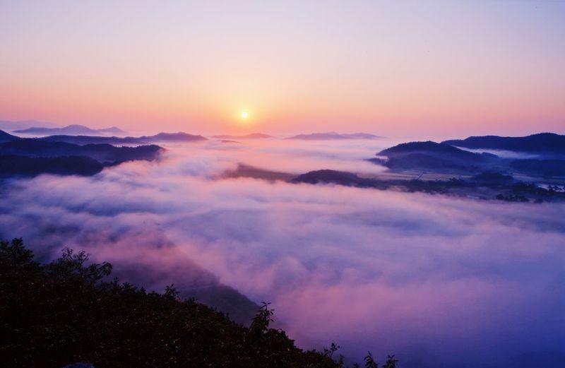 Sunrise Sky Scenics - Nature Beauty In Nature Sunset Tranquility Tranquil Scene Cloud - Sky Mountain Nature Sun Landscape Dramatic Sky Non-urban Scene