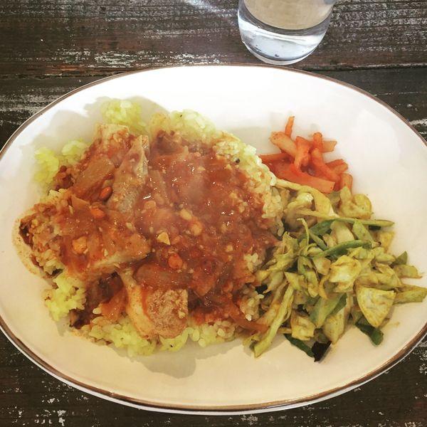 ポークとマンゴーピクルスのカレー🍛 インドカレー カレー Nandi Curry Food