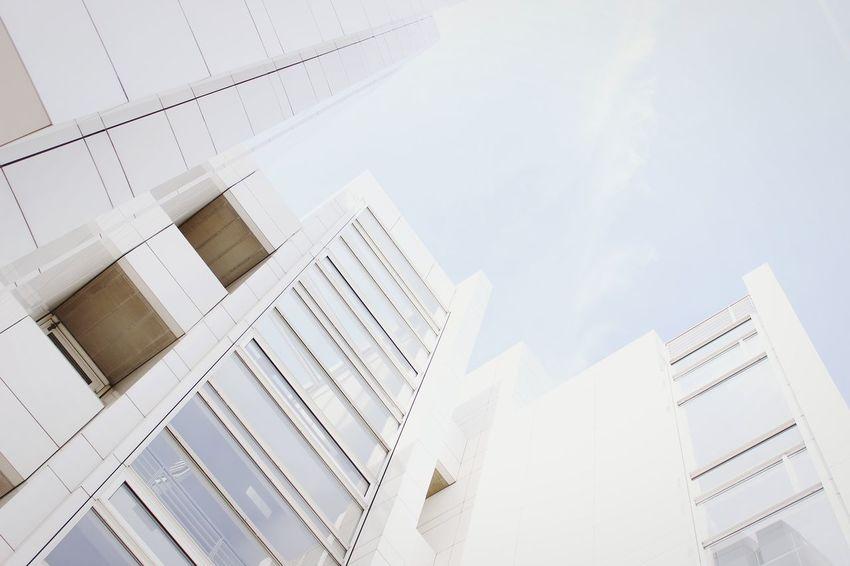 Swiss EyeEm Hello World House White Open Edit Canon Today City Amazing Architecture OpenEdit