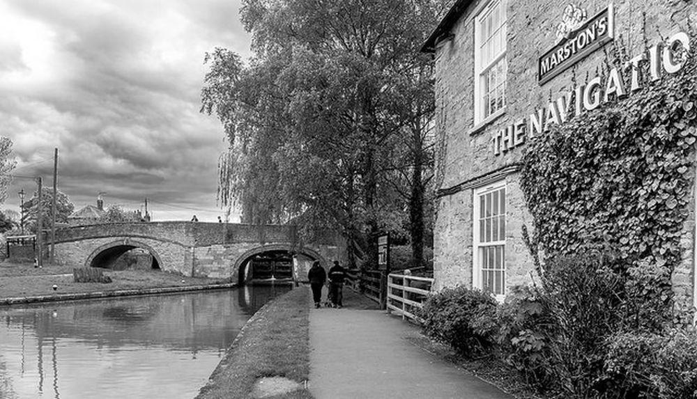 The Navigation, Stoke Breune, Northamptonshire Black And White Architecture Northampton Pubs Northamptonshire