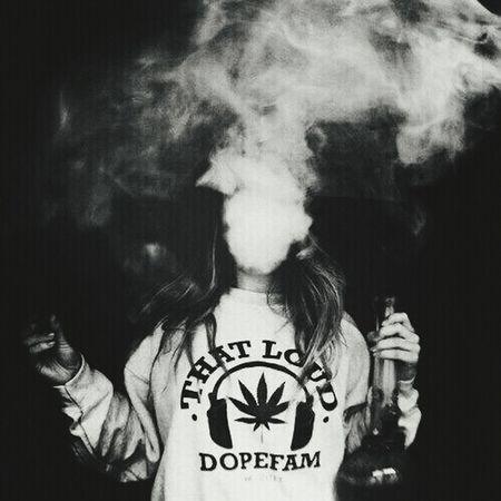 We Heart It Smoking Weed Beauty In Ordinary Things Fumar Smoken