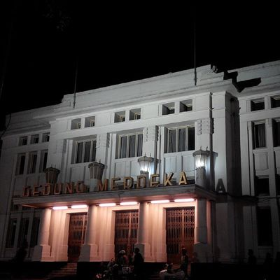 @spotnesia Sejarah Gedung Bandung INDONESIA Malam Lenovotography Photooftheday Photophone  Building History Lzybstrd Pocketphotography