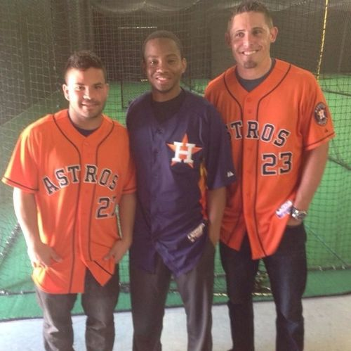 The #astros players look like HS players.. #altuve is the #robinsoncano in #Houston. He's a beast...