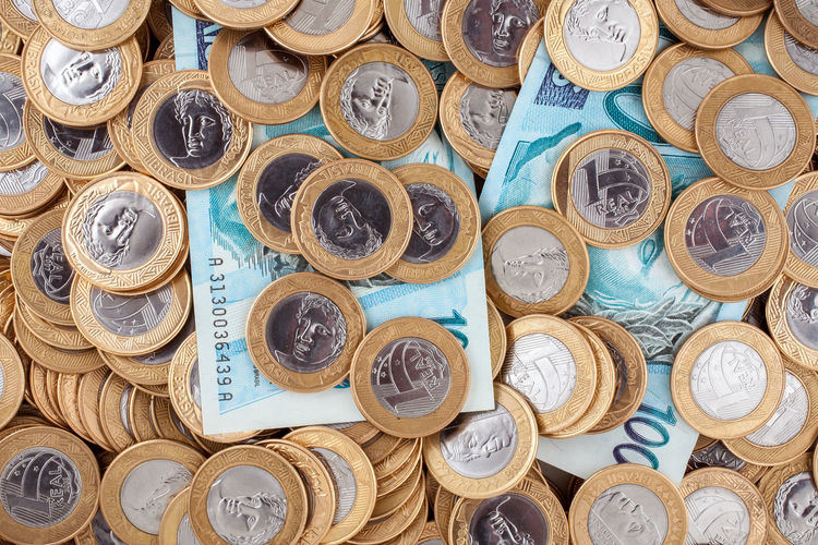 Currency Economy Finances Penny Rich Shopping Values Abundance Administration Amount Arrangement Brazilian Coins Buying Cash Coins Crisis Depreciation Inflation  Large Group Of Objects Money Money Wash Pence Success Valuable Value