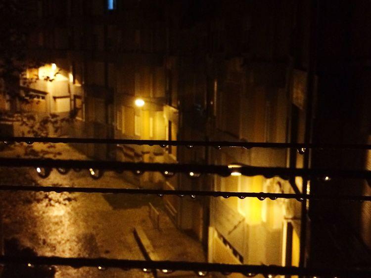 Night , raindrops, lights