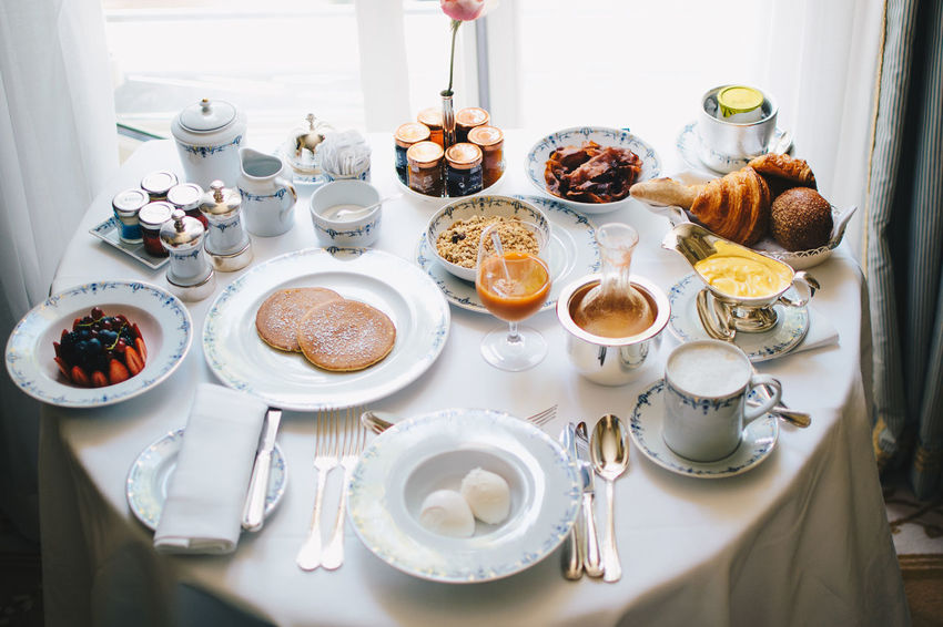 Room service in the Ritz Breakfast Elégance Luxury Hotel Luxury Travel The Ritz Carlton Travel Traveling Brunch Classy Day Europe Expensive Food Hotel Interior Interior Design Luxury Luxury Life Plate Ready-to-eat Ritz Room Service Table Travel Destinations White