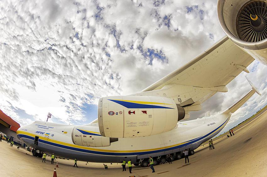 ANTONOV-AN225 AirPlane ✈ Antonov Antonov 225 Mriya Airplane Frame It! Wing Air Vehicle Airplane Airplane Wing Airplanes Airplaneview Airport Biggest Cloud - Sky Frame Outdoors Scenics Sky Connected By Travel