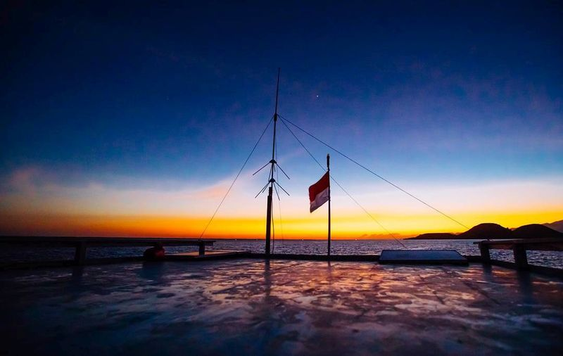 flores sea EyeEm Nature Lover Nature Photography Beach Beauty In Nature Blue First Eyeem Photo Horizon Horizon Over Water Land Nature Nature_collection Nautical Vessel No People Outdoors Sailboat Scenics - Nature Sea Silhouette Sky Sunset Tranquil Scene Tranquility Transportation Water Waterfront