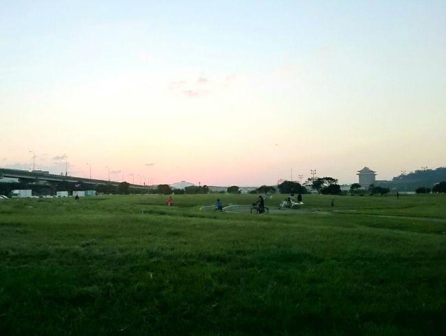 Surround Taipei circle, and finally get a beautiful sunset ~ 😊 Fixedgear Bicycle