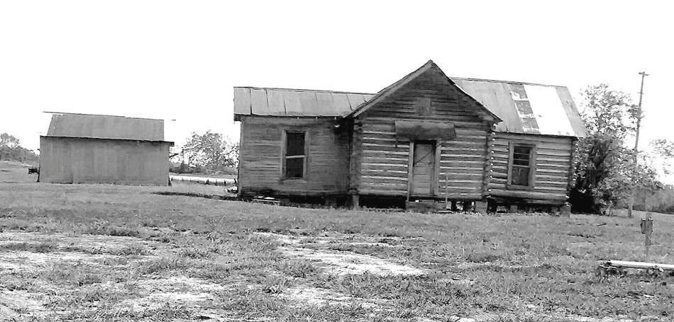 Arkansas Log Cabin Homestead Farmhouse Hanging Out Country Roads Country House Black & White Blackandwhite Photography