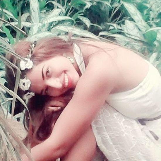 Tan timida , tan fragil , tan risueña , tan coketa , tan sensible , tan ella 😍 la debilidad es su fortaleza , su mirada , su sonrisa , sus pensamientos ... Y sus sueños . ella lo daria todo , a cambio de un amor... 😍 ❤Negrita Doris Pocoapoco PORMI Fitnessjourney