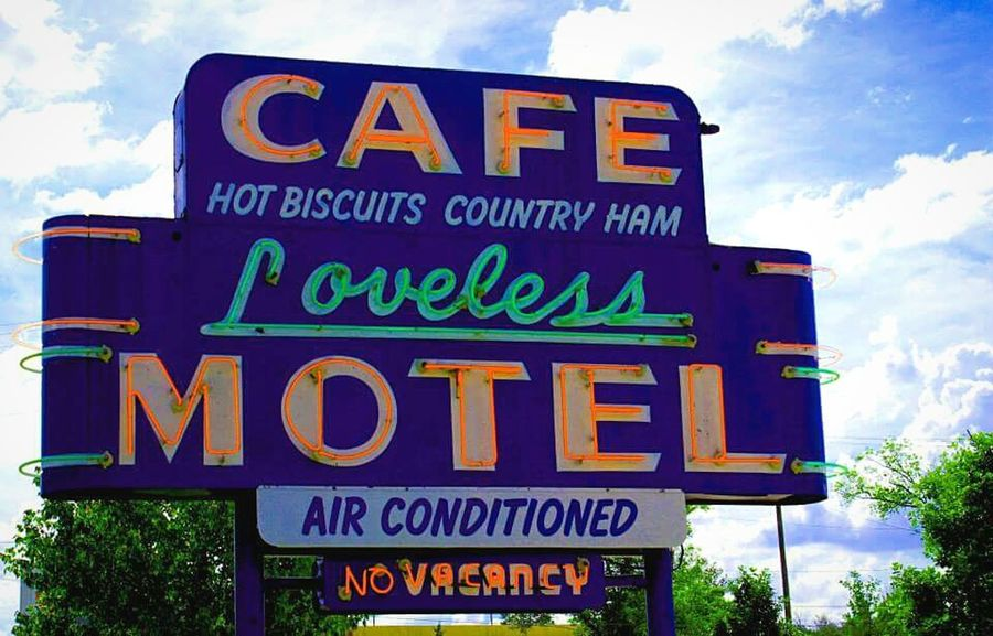 Loveless Cafe outside of Nashville, TN. What a great place to eat and a cool atmosphere! Check This Out Canonphotography DesertBloomPhotography Enjoying Life Lovetotravel Colorful Tennessee Lovelesscafe Neonlights