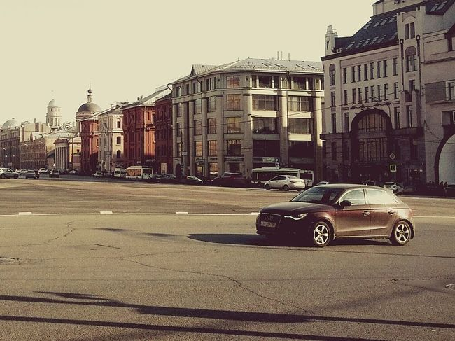 Q Audi Moscow Cars On The Road Traffic