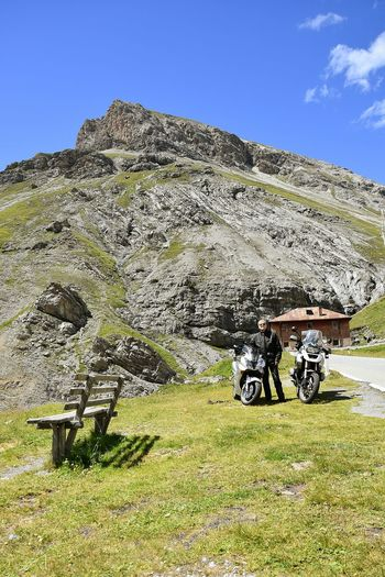 Motorradtour Juli 2016 Portrait Honda Motorcycle Motorcycle Bmw Motorcycle Stilfserjoch Stilfser Joch Stelvio Sky Sky And Clouds Sky Grass Countryside Idyllic Rocky Mountains Streaming Tranquility Scenics Stories From The City Motorbike Motorized Vehicle Riding Biker Motorcycle Racing Rock Formation Parking Go Higher