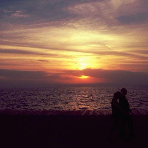 | One love, two mouths | Skg Ig_greekshots Ig_thessaloniki Igers_greece Thessaloniki Skyporn Lovethiscity Colors Love Couple VSCO