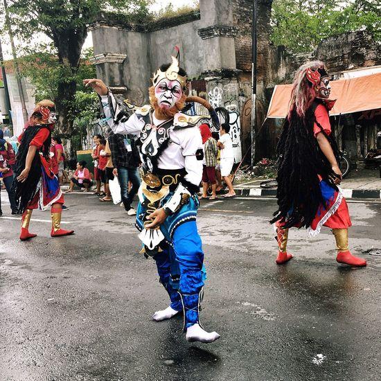 Indonesian Dancers Indonesian Festivities Indonesian Carnival Carnival