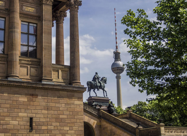 Museumsinsel MuseumsinselHombroich Architecture Built Structure City Day Discover Berlin Museumsinsel Berlin No People Outdoors Sky Television Tower Televisiontowerberlin Travel Destinations Tree