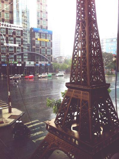 Streetphotography Rainy Days Enjoying The View IPhone 4