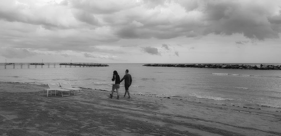 legami Love Togetherness Full Length Horizon Over Water