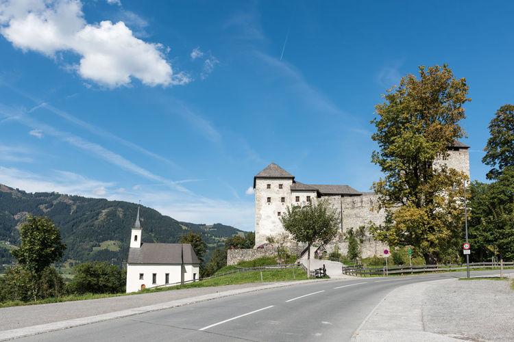 Burg Burg-Kaprun Burgkapelle Himmel Pinzgau Salzburger Land Wolken Architektur Hl. Jakob Kaprun Österreich