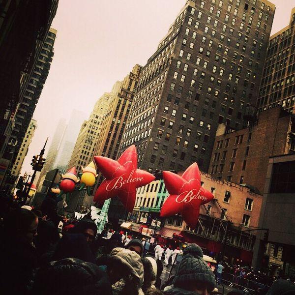 New York Christmastime Parade Macys Believe Stars