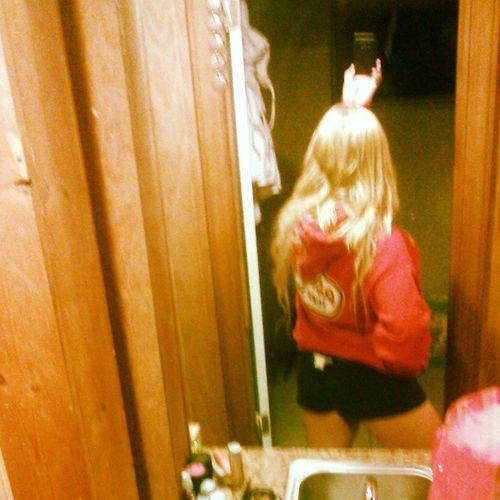 "I'm 4'11"". Shortlife Shortie Bigbutt BigBooty butt hot hottie gorgeous pretty cheerleader model hooters girl cowgirl southerngirl countrygirl ronjonhoodie ronjonsurfshop tan tanlegs selfie beautiful blonde blondehair."