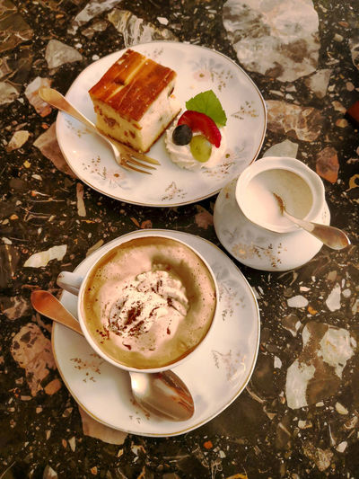 Relax and enjoy the break... 😆☕ Drink Tea - Hot Drink Plate Table Frothy Drink High Angle View Coffee - Drink Directly Above Close-up Food And Drink Coffee Cappuccino Slice Of Cake
